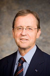 Anthony S. Harrington '66