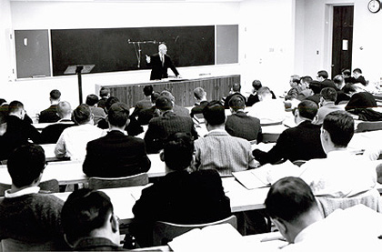 Dean Elvin R. Latty teaching at Duke Law School