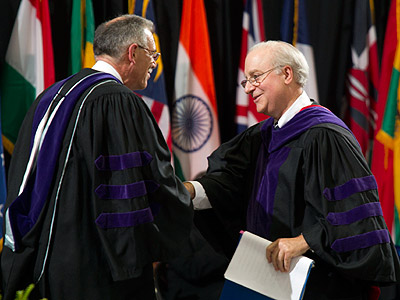 Dean David F. Levi shaking hands with U.S. Solicitor General Donald B. Verrilli Jr.
