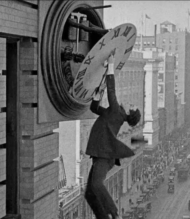 "Harold Lloyd in ""Safety Last!"","