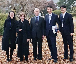 Judy and Don Horowitz with members of the Duke Korean Alumni Association
